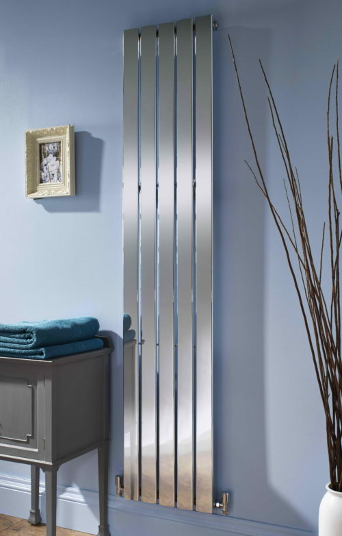 LEWIS VERTICAL CHROME RADIATOR