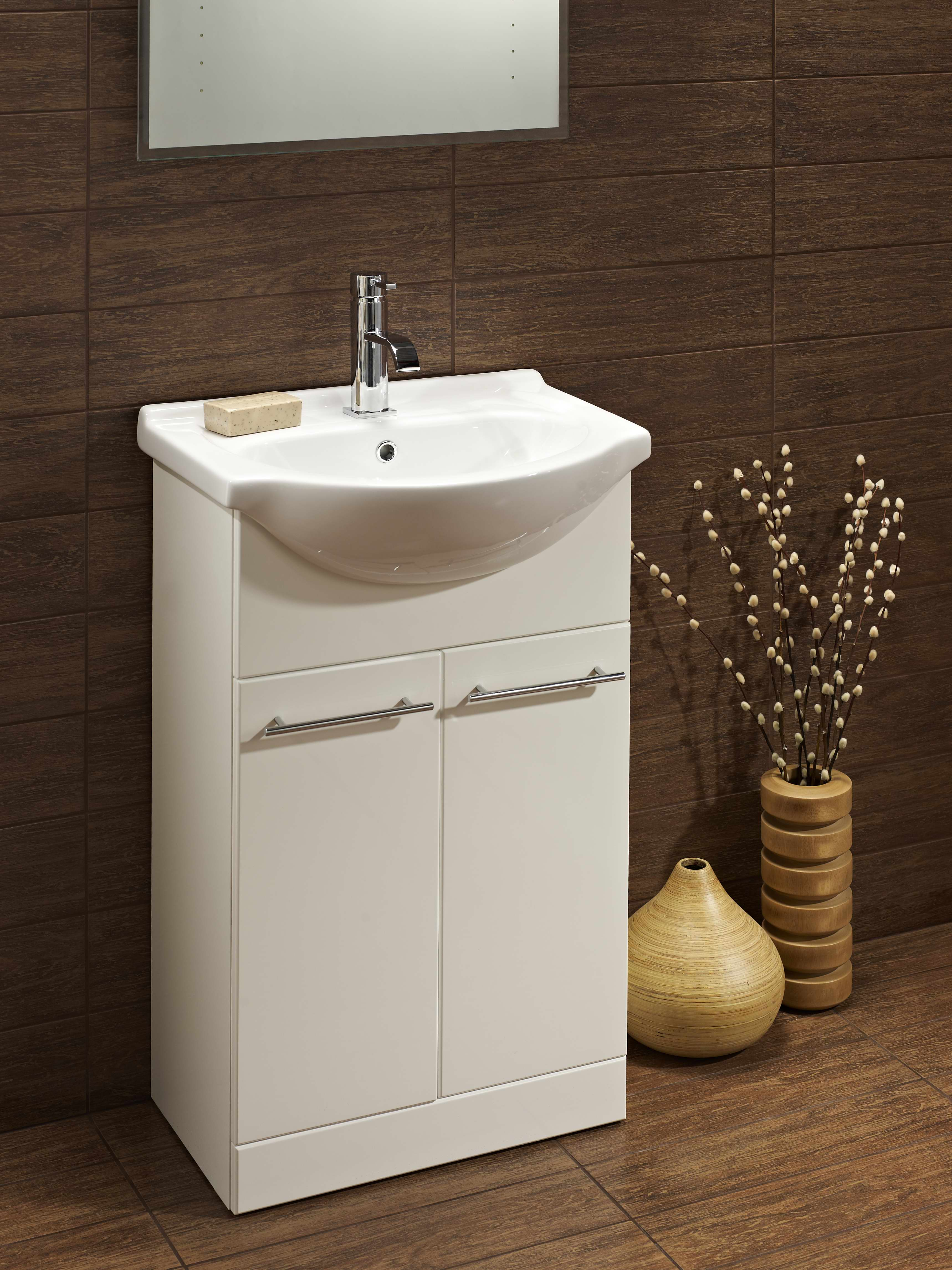 Turnberry 550 Vanity Unit And Basin Bath Giant