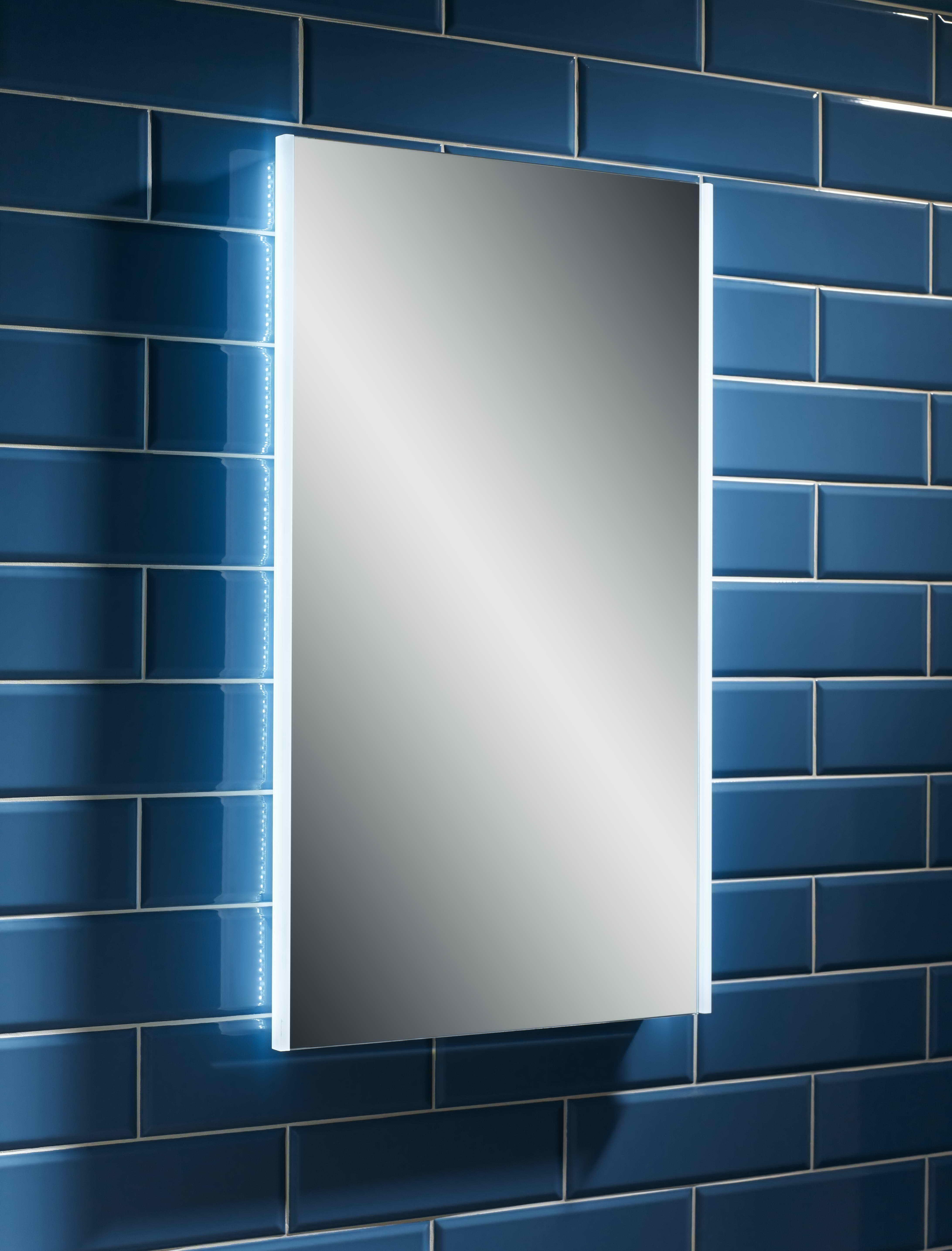 Esk 500 x 700 led mirror bath giant for Mirror 700 x 700