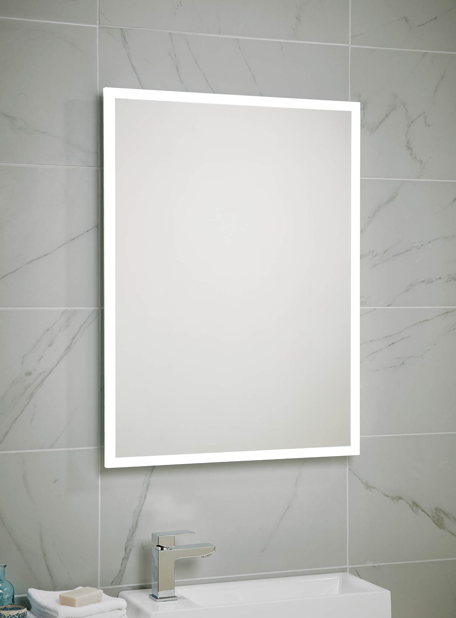 Moscow led mirror 600 x 800 bath giant for Mirror 800 x 600