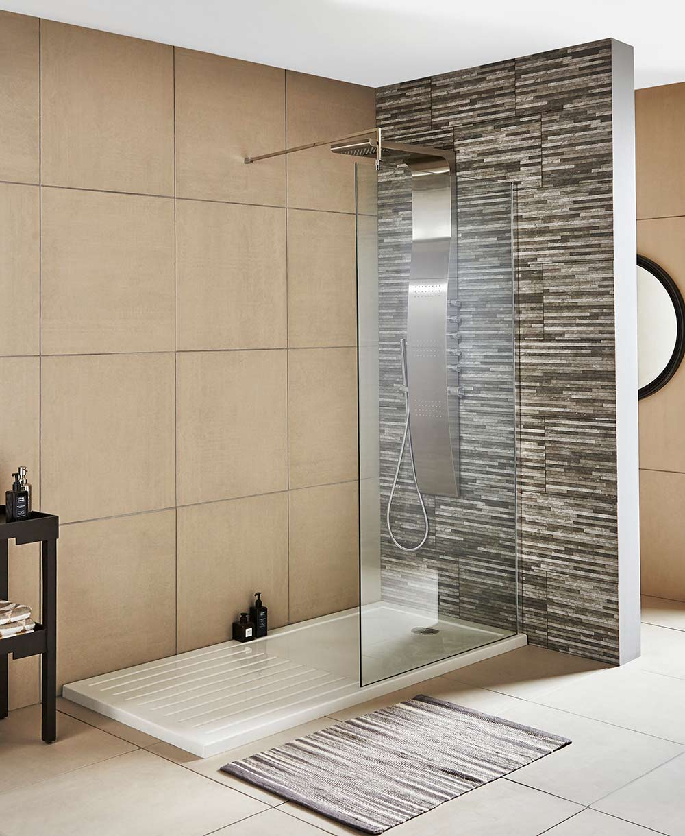 1850 high Wetroom Screens